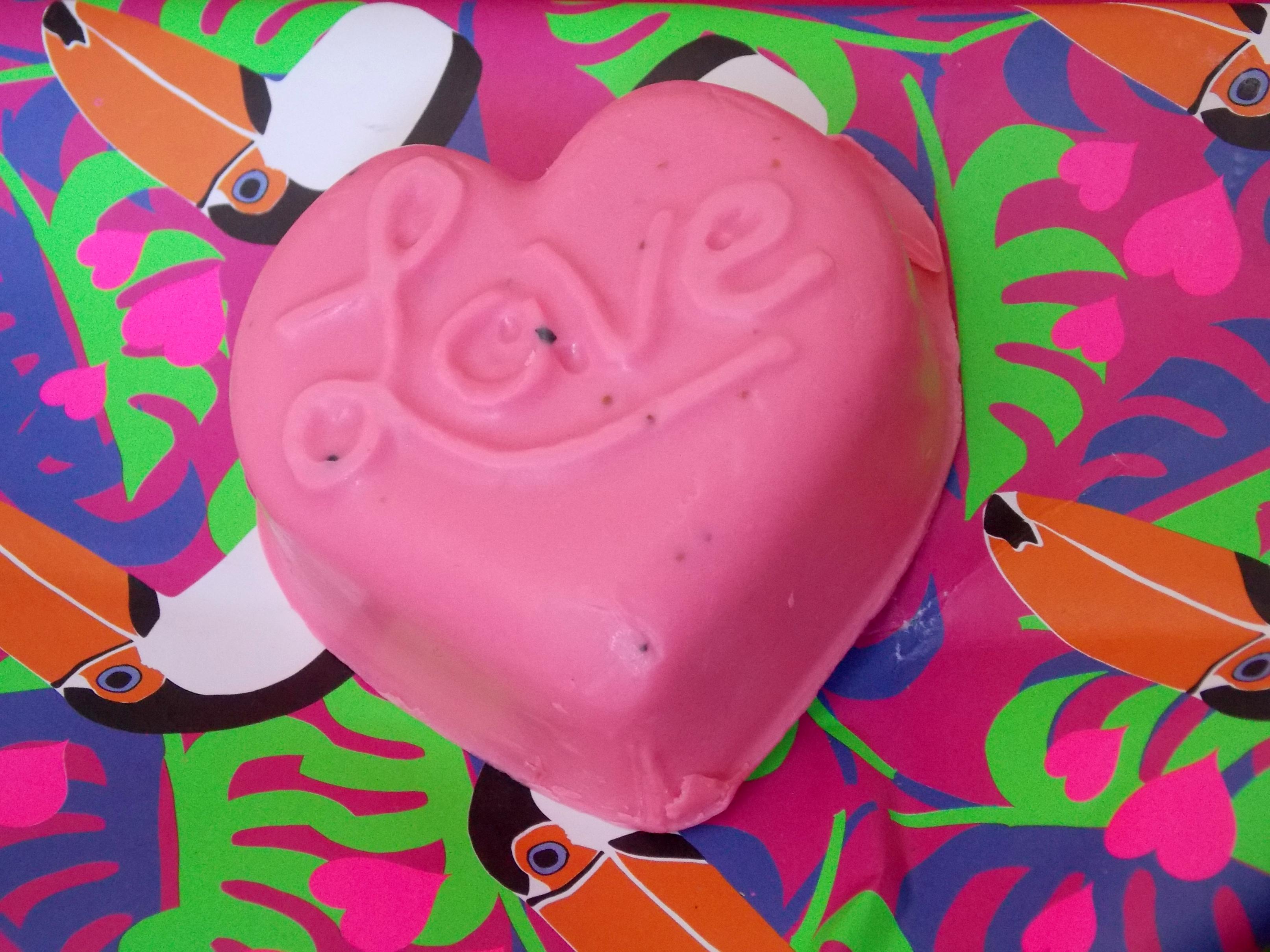 LUSH Neon Love Soap