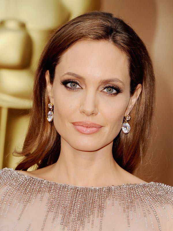Angelina Jolie at the 2014 Academy Awards