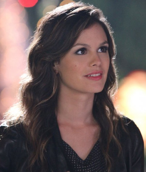 Rachel Bilson as Dr. Zoe Hart on Hart of Dixie