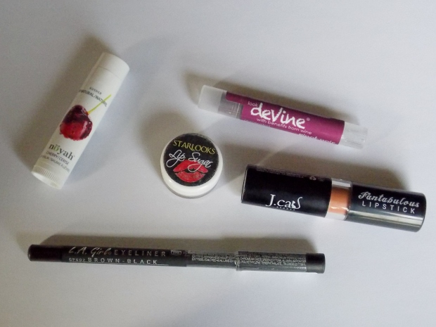 The October 2014 LipMonthly Beauty Bag Products