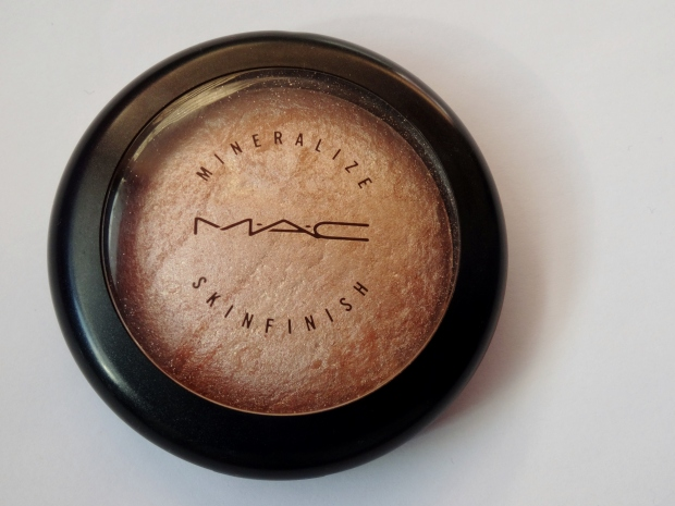 MAC Soft and Gentle Mineralize Skinfinish